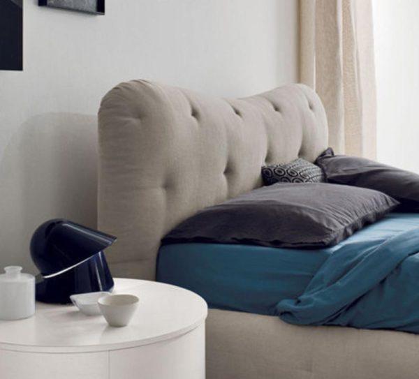 κρεβάτι-υφασμάτινο